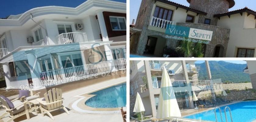 Yemyeşil Geniş Bir Bahçeye Sahip Olan Villa Kuvars İle Tatilin Keyfini Çıkarın